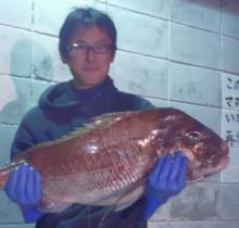 3億8千万年前の魚を釣った男の〇〇顔
