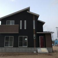 凄いお家の完成。と、お誘い